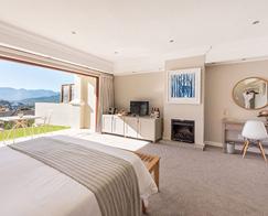 Accommodation-Stellenbosch-Banhoek-Luxury-Rooms-495_0016_Banhoek_Luxury-Room-1_3