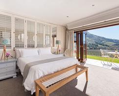 Accommodation-Stellenbosch-Banhoek-Luxury-Rooms-495_0018_Banhoek_Luxury-Room-1_1-1