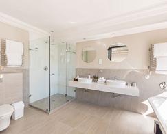 Accommodation-Stellenbosch-Banhoek-Suite-b-495_0007_Banhoek_Suite-6_Bathroom_9
