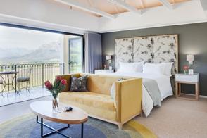 Banhoek-Lodge-Rooms-Deluxe-1